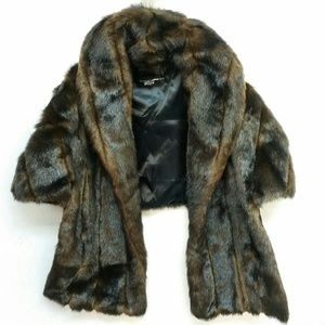 Black Rivet Faux Fur Wrap